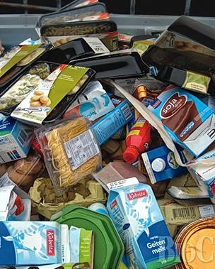 Supermercado-comida-fecha-caducada